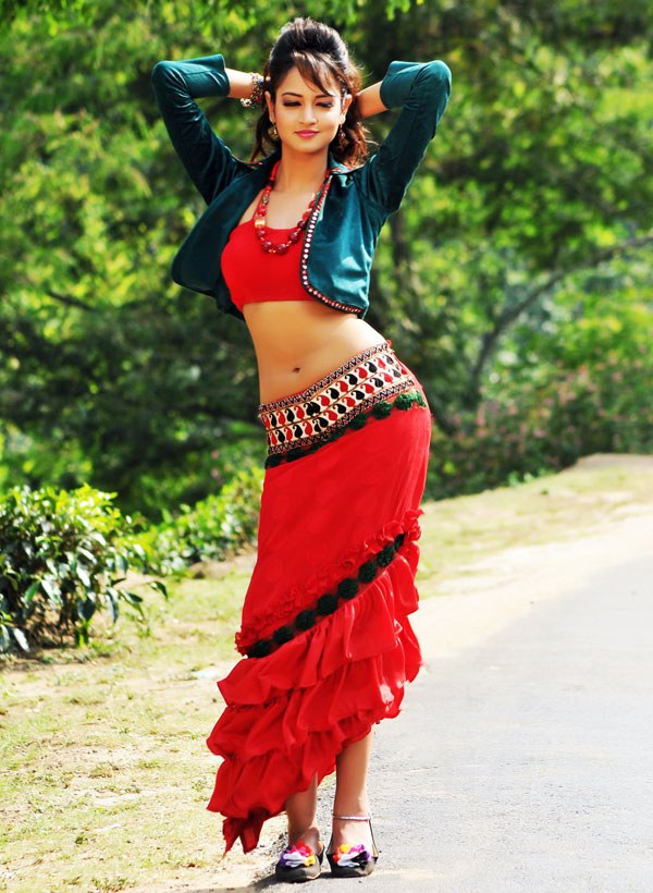Pic Talk: Is She The Next Ileana?