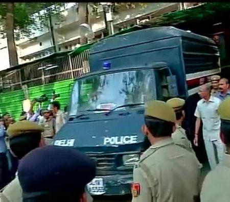 Arvind-Kejriwal-sent-to-Tihar-Jail-till-May-23-by-a-Delhi-court