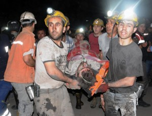Fire-at-a-coal-mine-in-western-Turkey-killed-at-least-201-workers