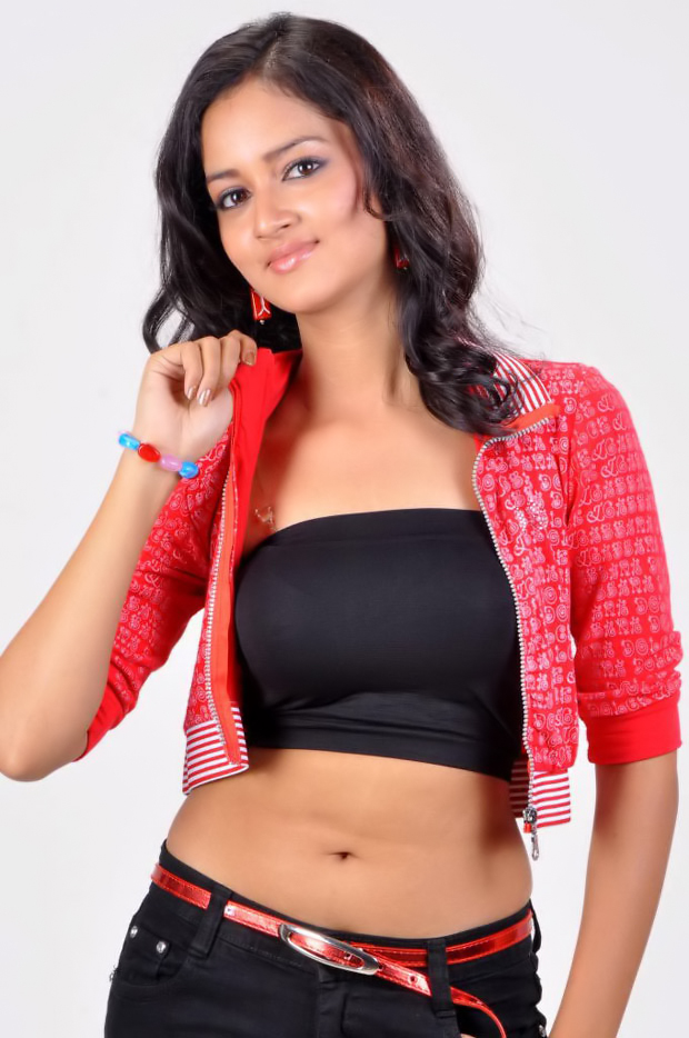 Shanvi-Photo-Shoot-Hot-6