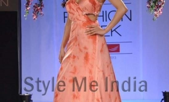 Sonaakshi Raaj's latest is for the summer bride