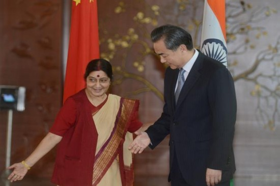 Chinese-foreign-minister-meets-Sushma-Swaraj