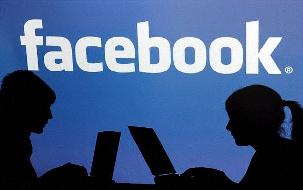 Facebook-Under-Fire-for Blocking Pages in Pakistan