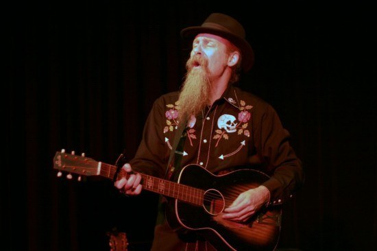 Bluesman Doc MacLean makes Cowichan house calls