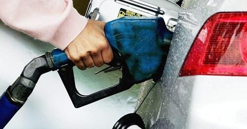 Delhi Motorists Will Need PUC Certificate to Buy Petrol, Diesel