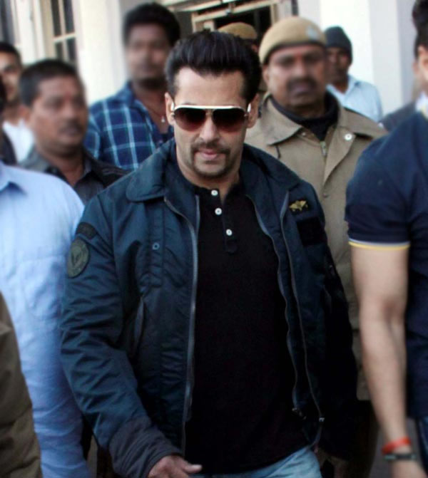 Salman-Khan-arms-act-case-Court