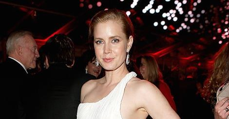 Celebraty News Amy Adams Is Getting Married 5 Looks from the Spring 2016 Bridal Shows for Trade Cover Star