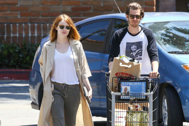 Finally-Emma-Stone-Andrew-Garfield-Photographed-back-together-again