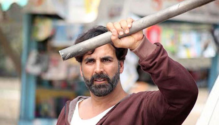 Gabbar Movie Back review Akshay Kumar remakes a Telugu version of Tamil film and its a disaster