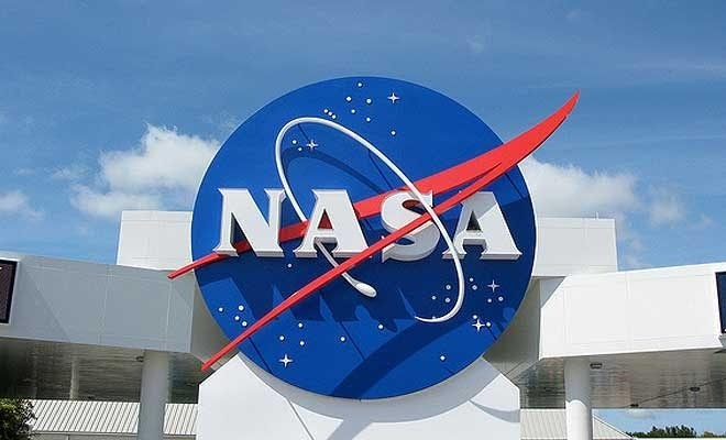 NASA communication with Mars rovers to be paused