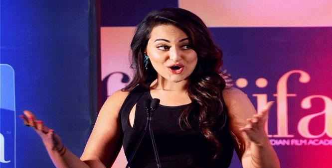Sonakshi Sinha makes singing debut at IIFA 2015