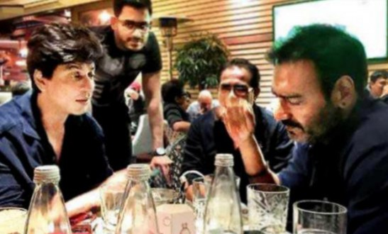 Shah Rukh Khan and Ajay Devgn Bond Over dinner together in Bulgaria