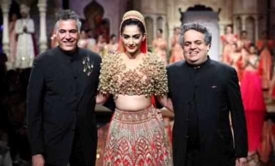 Sonam Kapoor Opens for designer Abu Jani and Sandeep Khosla at BMW India Bridal Fashion Week