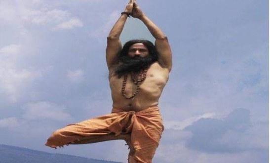 Kishore new look in Yaathreegan