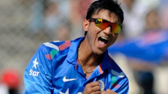 Axar Patel Determined to Prove Sunil Gavaskar Criticism Wrong