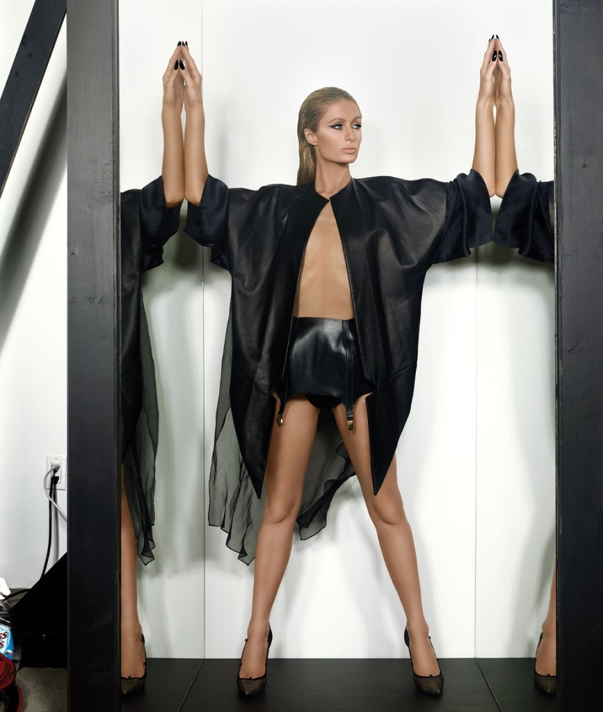 Paris-Hilton-tries-to-keep-up-with-her-former-sidekick-Kim-Kardashian-by-posing-for-her-own-cheeky-shoot-for-magazine1