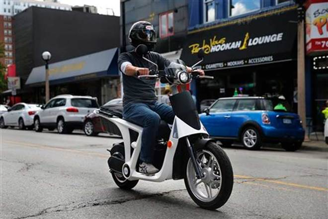 Anand-Mahindra-launches-all-electric-scooter-GenZe-2-in-California