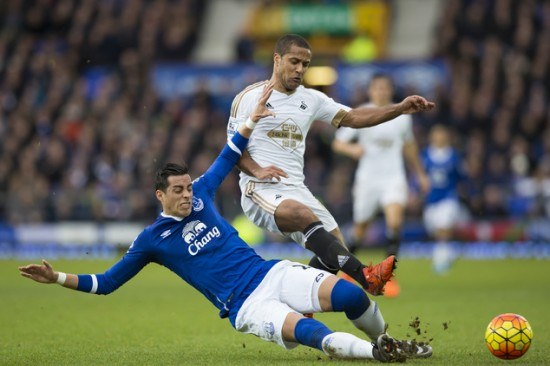 Andre Ayew winner gives Francesco Guidolin Swansea valuable win at Everton
