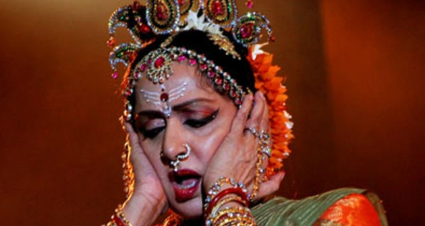 Bollywood-Dreamgirl-Hema-Malini-Accused-Of-Land-Grabbing-For-Dance-School