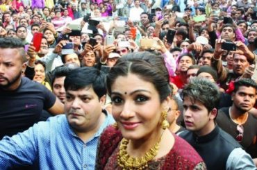 Bollywood actress Raveena Tandon impressed by Jharkhand scenic beauty