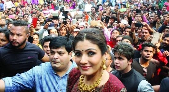 Bollywood actress Raveena Tandon impressed by Jharkhand scenic beauty