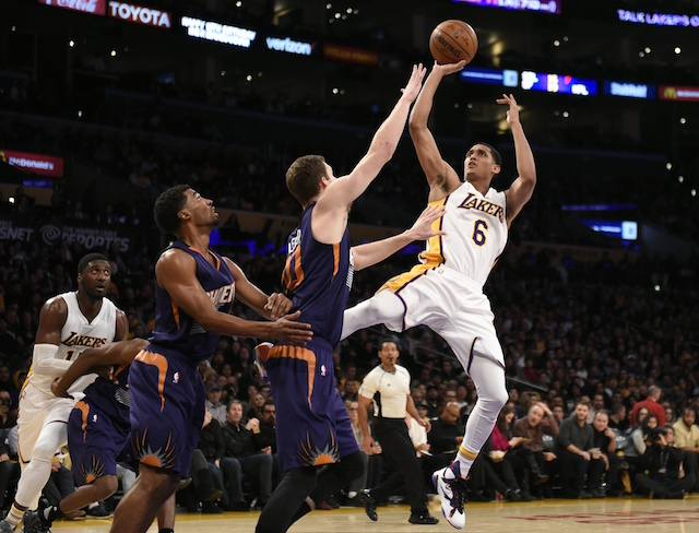 Game-Recap-Lakers-Win-Their-Third-Straight-With-Blowout-Over-Phoenix-Suns