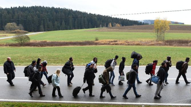 German-Companies-Ready-To-Hire-Refugees-Survey-Says