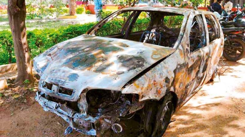 India Mob Strips Tanzanian Girl In Bengaluru After Sudanese Man Runs Over a Women