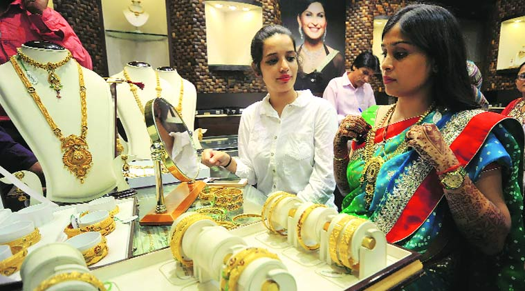 Over-One-Lakh-Jewellery-Shops-On-Strike-On-Feb-10-On-PAN-Norm