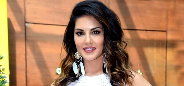 Find-out-about-One-Night-Stand-actress-Sunny-Leone-erotic-short-stories