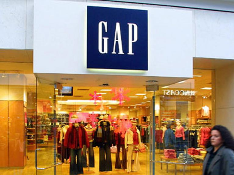 Gap-To-Shutter-53-Old-Navy-Stores-In-Japan