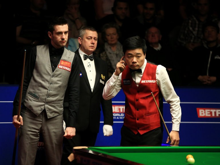 Mark Selby takes control of Snooker World Championships 2016 final against Ding Junhui