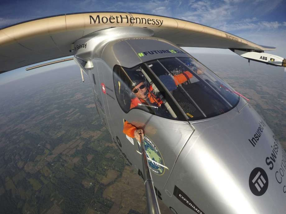 Solar-powered aeroplane lands in Pennsylvania