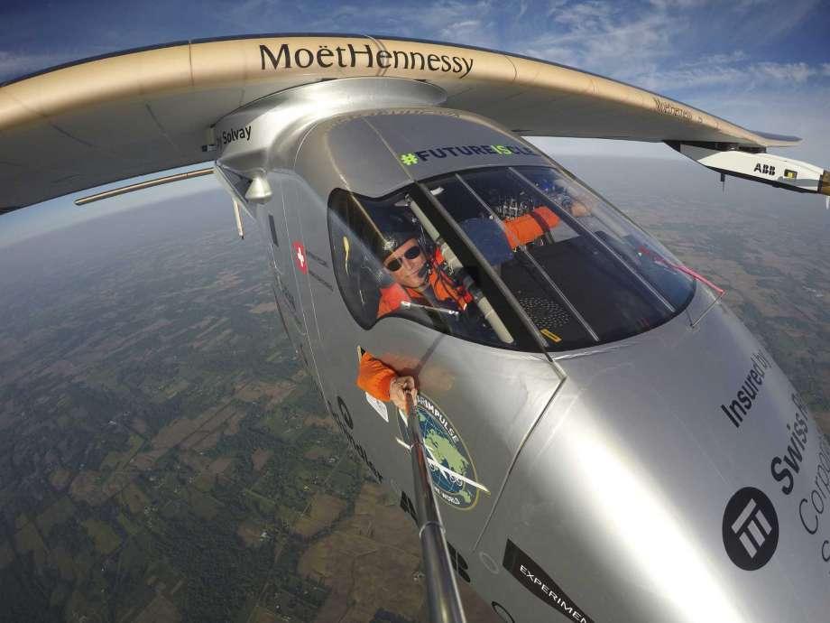 Solar-powered-aeroplane-lands-in-Pennsylvania