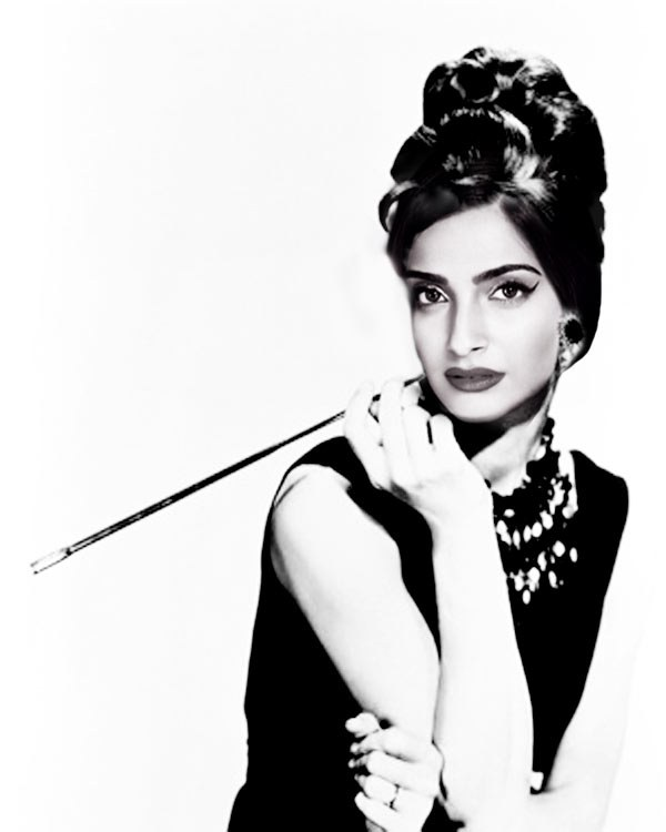 Actress Sonam Kapoor here Hollywood gift to you on your birthday
