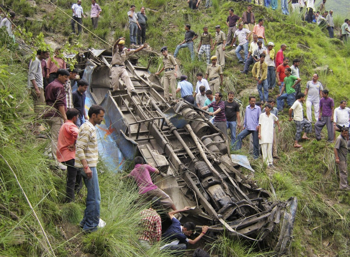 At Least Seven injured in bus accident in Uttarakhand