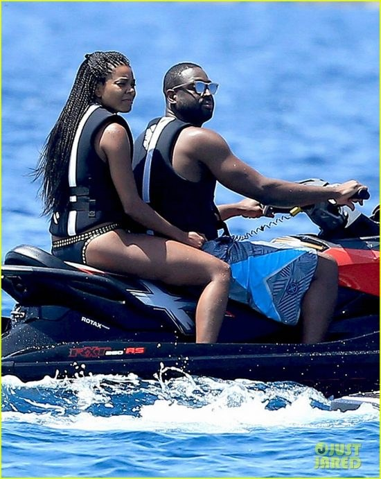 Basketballers Chris Paul and Dwyane Wade Fourth Of July Weekend In Spain