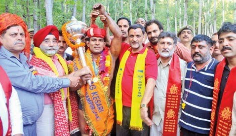 Abdul Gani of Punjab wins Malhar dangal title