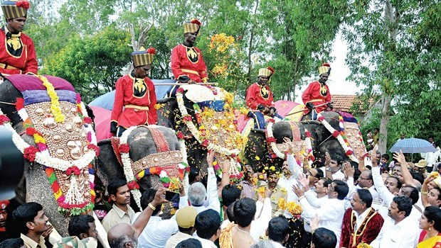 March of caparisoned elephants begins in MYSURU