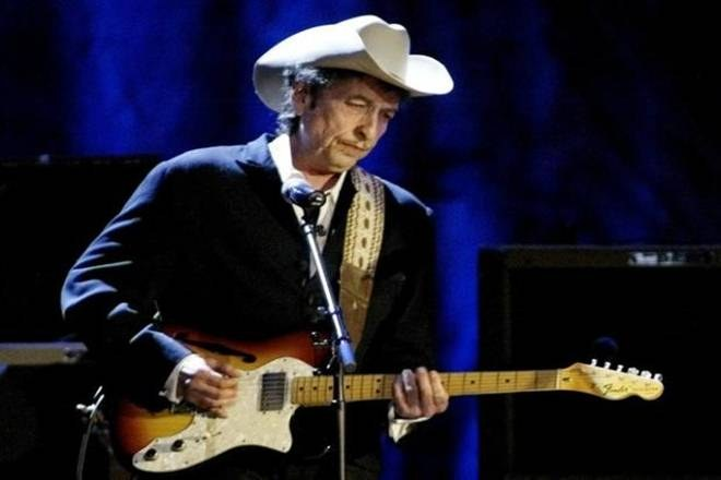 American singer-songwriter Bob Dylan wins 2016 Nobel Prize for Literature