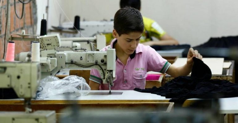 Refugees child in Turkey made clothes for UK shops