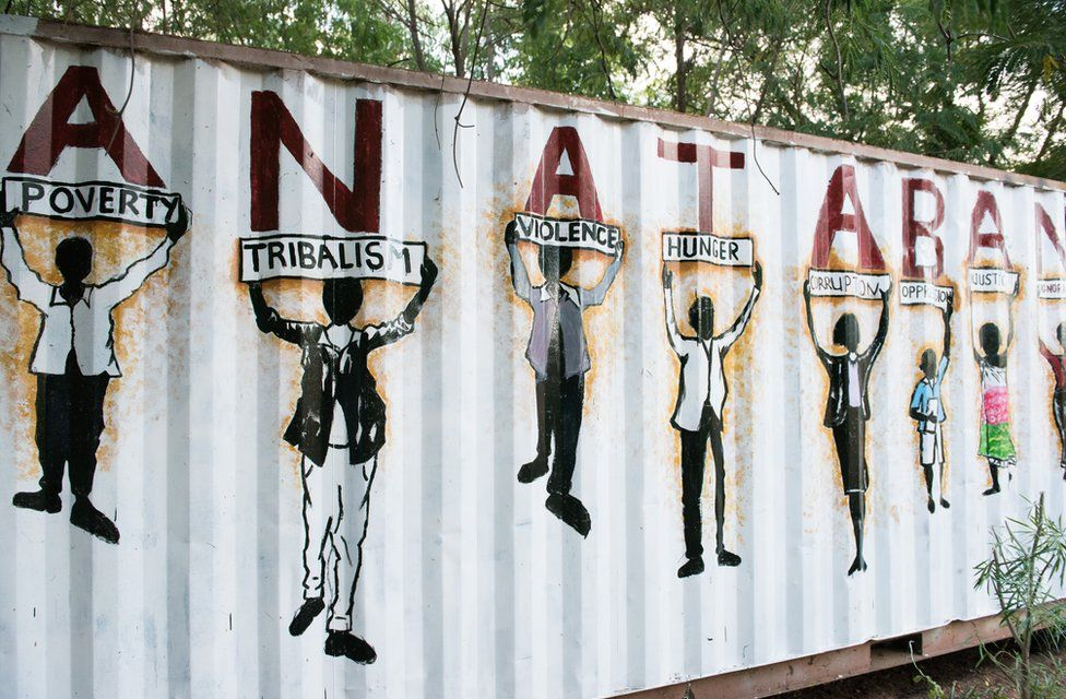 south-sudan-artists-paint-for-peace-in-juba