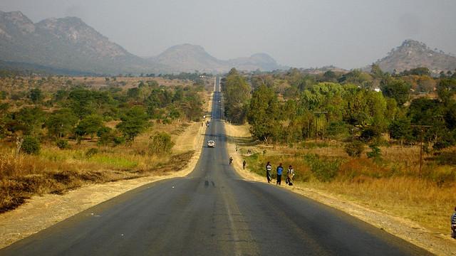 road-in-malawi