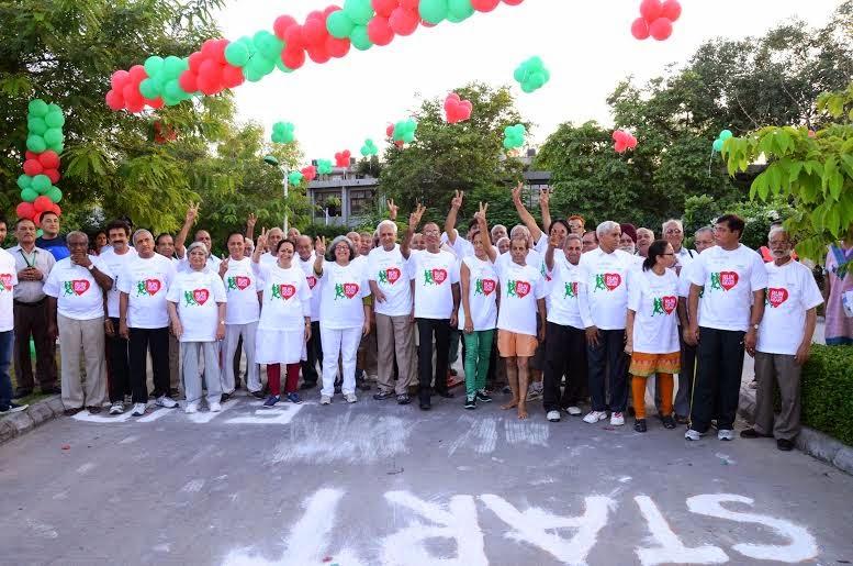 Fortis-Hospital-Shalimar-Bagh-organises-Run-for-the-Heart-for-North-Delhi-residents-to-celebrate-World-Heart-Day-Jasdeep-Singh (4)