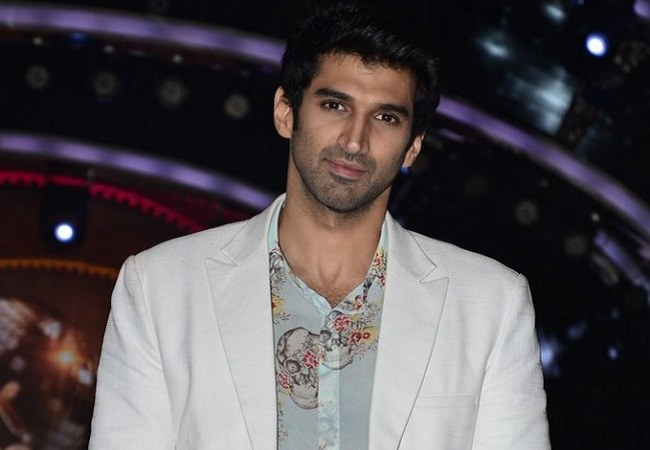 Aditya Roy Kapur: Am I single now just chilling