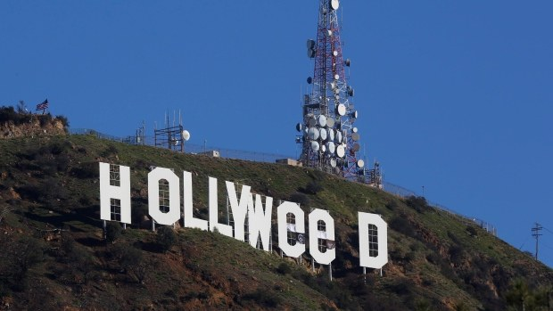 change Hollywood sign to 'Hollyweed'
