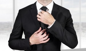 What to Wear to Work: Top Tips for Dressing for Your Career