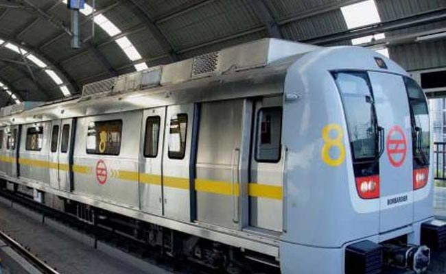 Crime rate in Delhi Metro saw 3 times hike in 2016, is it Alarming?