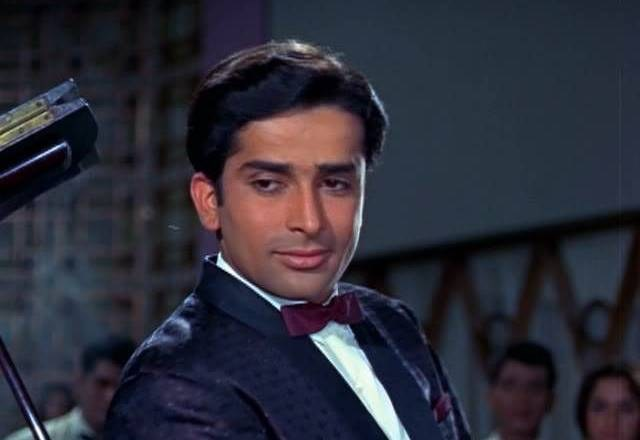 Candle vigil for Veteran bolliwood actor Shashi Kapoor in Peshawar Pakistan